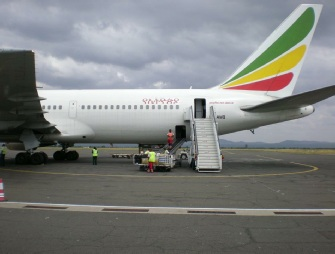 Emirates Plane Kilimanjaro Airport